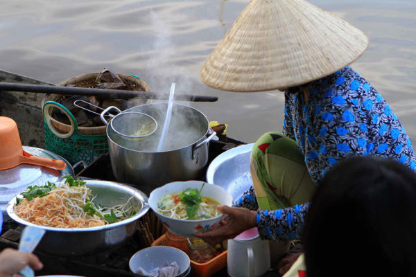 Consumers' behavior on organic food in Vietnam